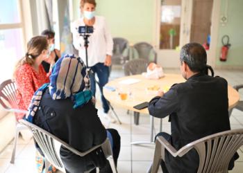 Léa et Ali, réfugiés afghans à Villeurbanne